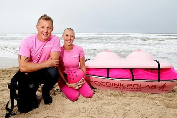 Đây là ý tưởng để Wilson quyên tiền cho 1 tổ chức từ thiện ung thư vú. (1)