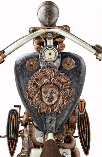 """Xế """"độc"""" được chế tạo từ 315 kg vàng (6)"""