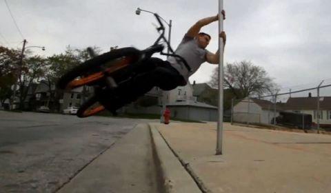 Màn trình diễn với xe đạp siêu đỉnh (1)