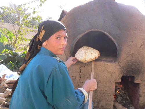 Lò nướng bánh cổ xưa vẫn được người Ai Cập ngày nay sử dụng