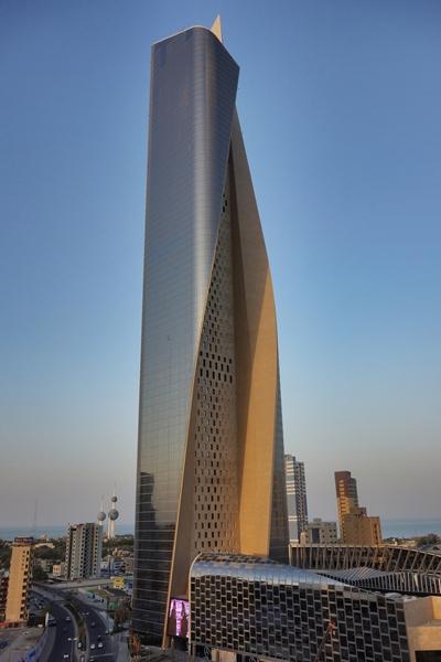 Tòa tháp uốn cong Al Hamra độc đáo