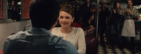 Kết thúc có hậu khi chàng trai đã hiểu được tình cảm của Laura