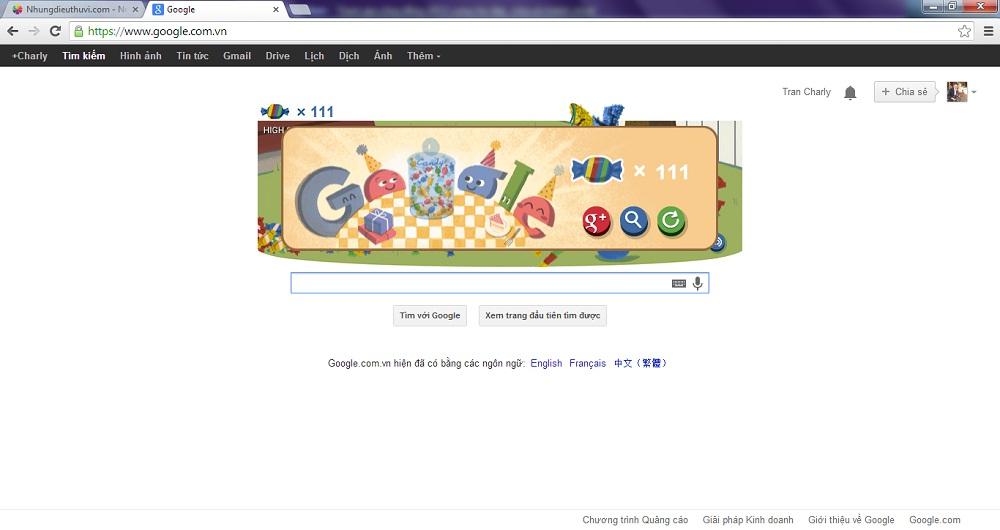 Đập kẹo mừng sinh nhật Google