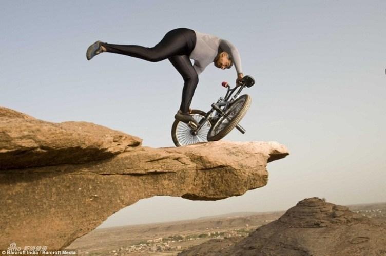 Trong ảnh là ông Keefe, 61 tuổi, người dành chức vô địch xe đạp Ấn Độ năm 1972