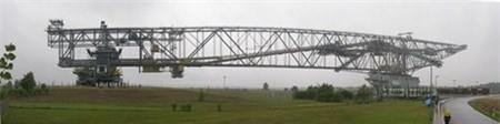 Overburden Conveyor Bridge F60 nhìn toàn cảnh