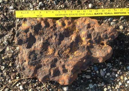 Thiên thạch khổng lồ 1 tỷ năm tuổi của gia đình Lilienthal
