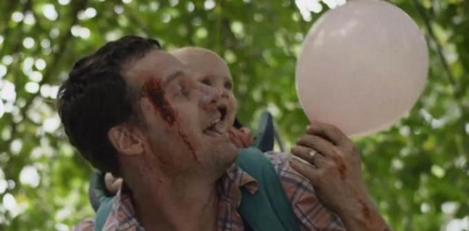 Cảm động với đoạn phim ngắn về người cha Zombie