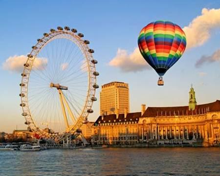 Vòng đu quay London Eye, 130 mét