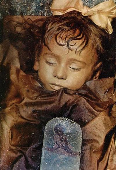 Bí ẩn xác ướp xinh đẹp có thể mở mắt