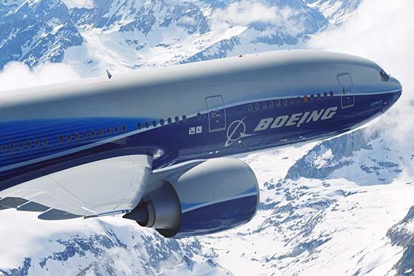 Boeing 777-200LR Worldliner có khả năng kết nối bất cứ hai thành phố nào trên thế giới mà không cần phải dừng lại tiếp nhiên liệu.