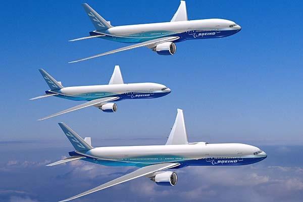 Boeing 777 là dòng máy bay hai động cơ lớn nhất thế giới, có từ 301 đến 365 ghế ngồi phân thành ba hạng chính và có tầm bay từ 9.195 km đến 17.446 km.
