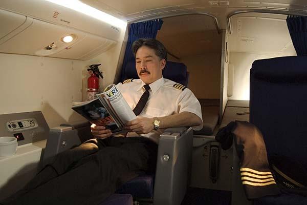 Ngoài ra các mẫu máy bay này còn có thêm tùy chọn về khoang nghỉ ngơi riêng cho phi công.