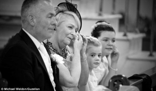 Gia đình và bạn bè của Chris và Leah O'Kane cũng vô cùng xúc động