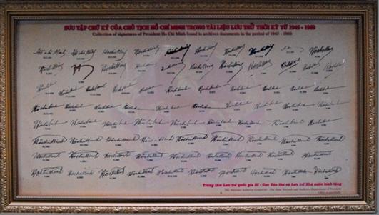 Chữ ký Hồ Chủ tịch