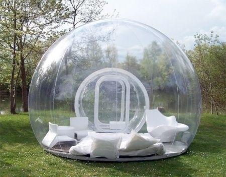 Sẽ rất thú vị nếu được nghỉ ngơi trong căn lều trong suốt này dưới mưa