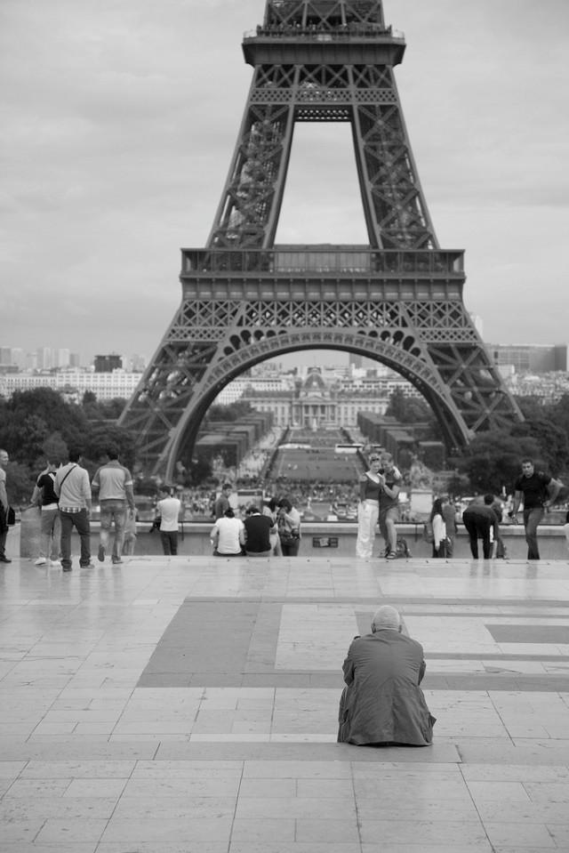 Tháp Eiffel là công trình chào mừng lễ kỷ niệm 100 năm Cách mạng Pháp (1789 – 1889)