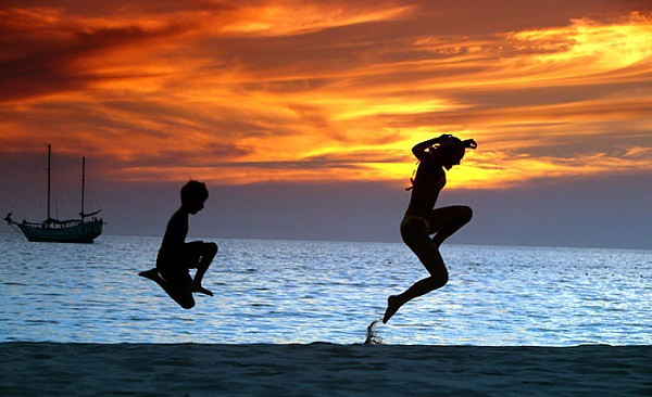 Phuket Sunset Dance by photographer from ohuket