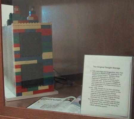 Máy chủ lắp ráp từ LEGO của Google