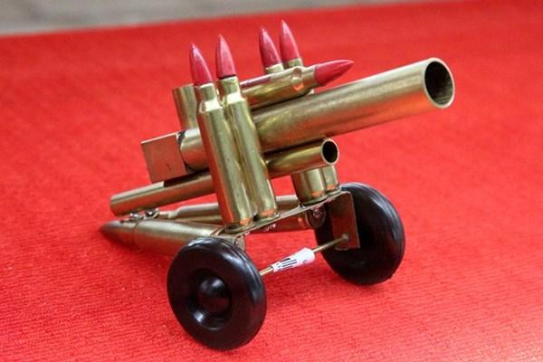 Nhiều mô hình vũ khí độc đáo.