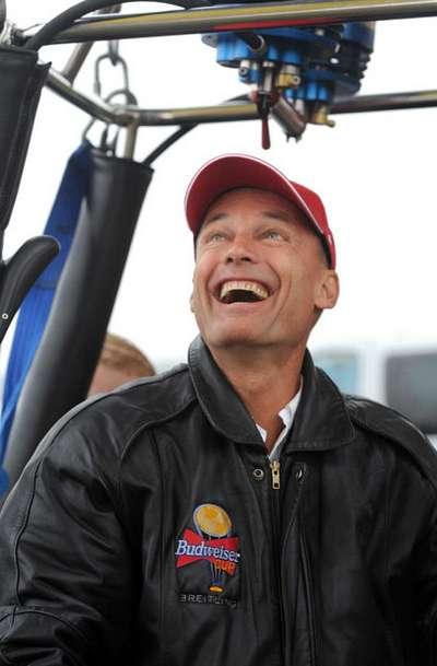 Bertrand Picard, người đầu tiên bay vòng quanh thế giới trên khinh khí cầu cũng đã góp mặt trong Festival
