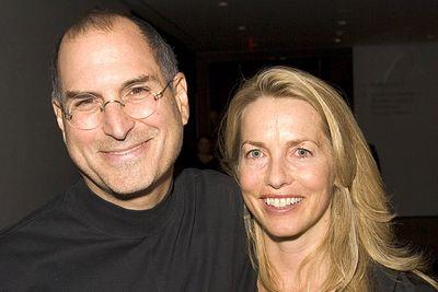 Jobs và vợ, ảnh chụp tháng 12/2005