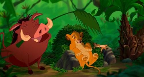 """""""The Lion King"""" (Vua sư tử) lúc đầu có tựa đề """"King of the jungle"""" (Chúa tể rừng xanh). Nguồn ảnh : buzz."""
