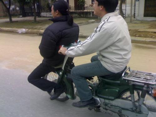 Những hình ảnh kỳ lạ chỉ ở Việt Nam mới có