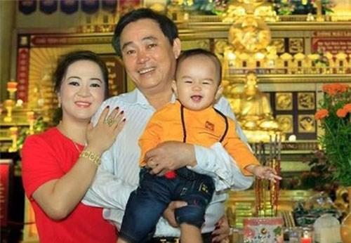 Nhận được quyền thừa kế khối tài sản khổng lồ của ông chủ Đại Nam, cậu bé Hằng Hữu đã trở thành tỷ phú nhỏ tuổi nhất tại Việt Nam, tính đến thời điểm hiện tại
