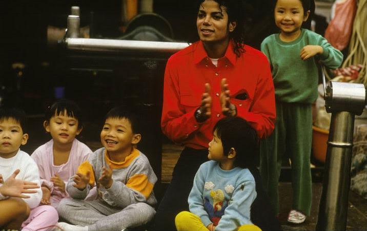 Hình ảnh của Michael Jackson tại Trung Quốc năm 1987