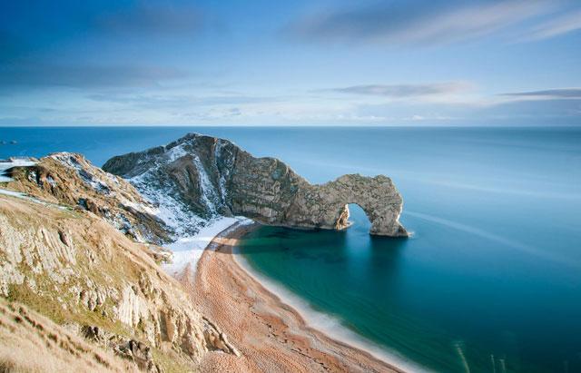 Bãi biển đá cuội Durdle Door, Anh