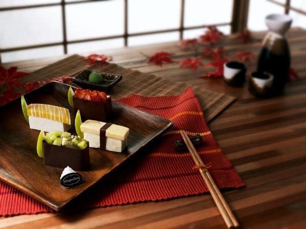 Kem trong khuôn sushi