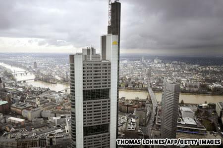 Trụ sở ngân hàng thương mại Commerbank (Frankfurt, Đức)