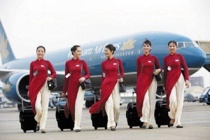 Nữ tiếp viên hàng không Việt Nam Airline