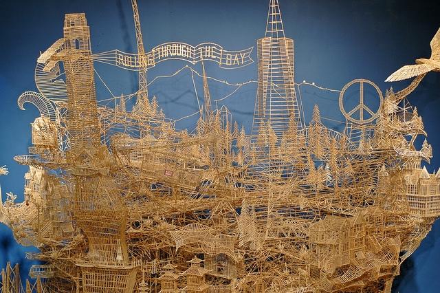 Tác phẩm điêu khắc bằng tăm lớn nhất thế giới