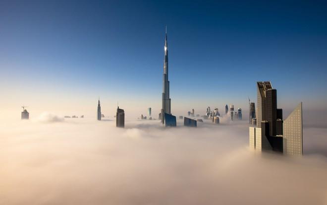 Tòa nhà chọc trời ở Dubai, UAE