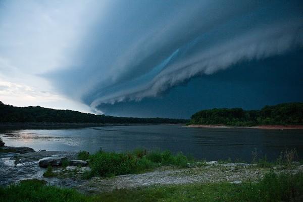Mây Shelf Clouds