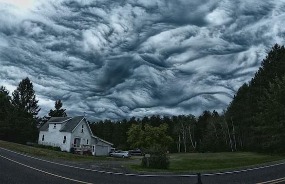 Mây Undulatus Asperatus