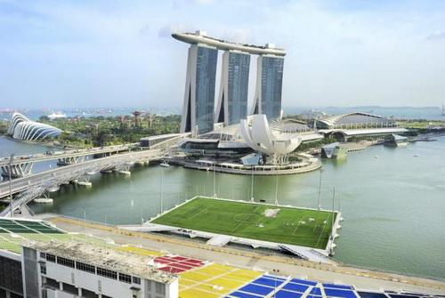 Sân vận động nổi trên vịnh Marina (Singapore)