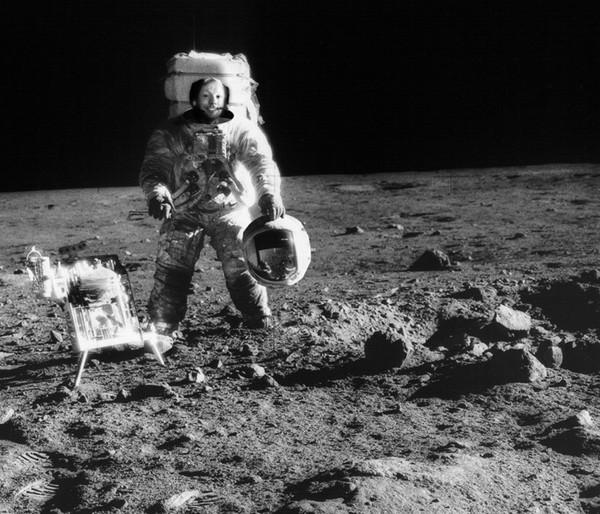 Điều gì xảy ra nếu con người không có đồ bảo hộ khi ở ngoài không gian?