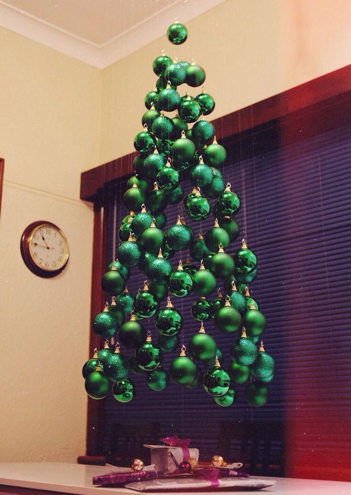 cây thông Noel cực sáng tạo và độc đáo