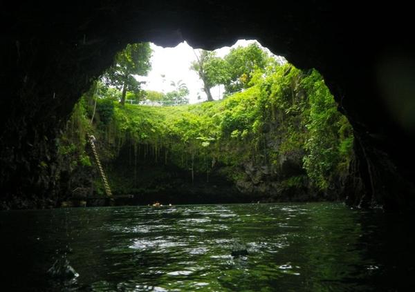Tosua - Hồ bơi tự nhiên đẹp nhất thế giới