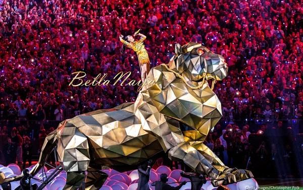 """""""Siêu sân khấu"""" của Katy Perry hot nhất trong lịch sử"""