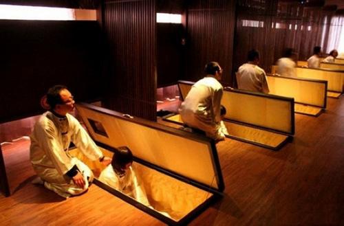 Căn phòng để mọi người thử nghiệm cái chết.