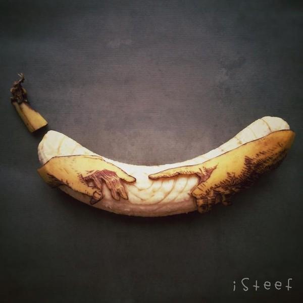 """Ngất ngây với những tác phẩm điêu khắc """"ngồ ngộ"""" từ trái chuối 2"""