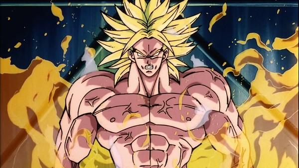Chỉ số sức mạnh của Broly là 10.000 ngay khi mới sinh, mạnh hơn cả Piccolo (322) Goku (334) và Radditz (1500) cộng lại.