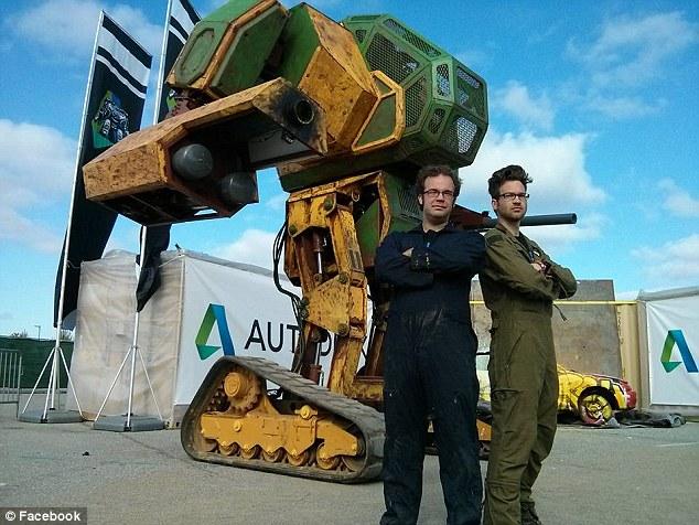 Megabot với sức mạnh của người Mỹ.