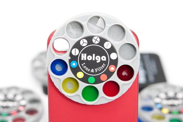 Ống kính Holga, nguồn cảm hứng cho Instagram sau này.