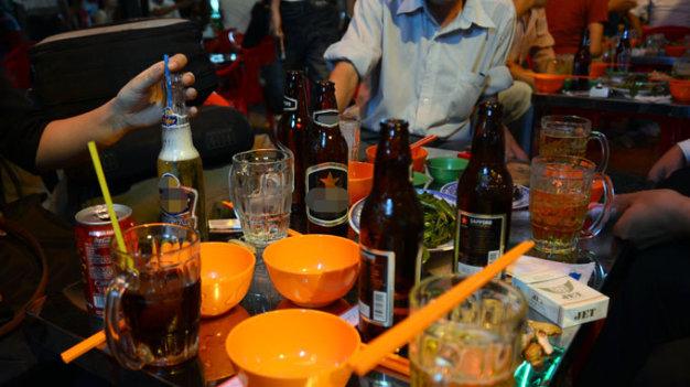 Người Việt chi 3 tỉ USD/năm cho bia rượu