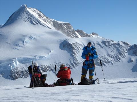 Núi Vinson Massif