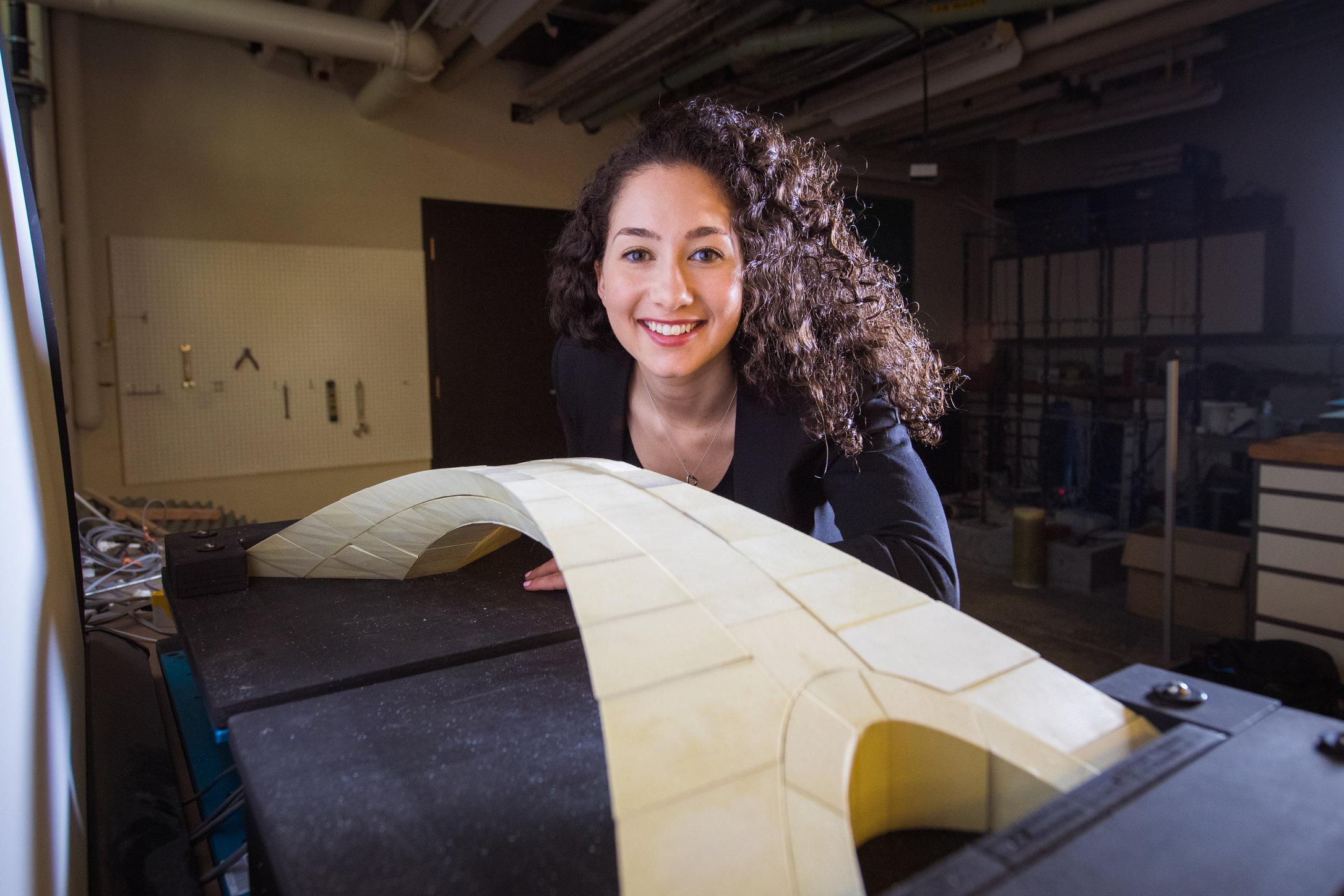 Bản vẽ thiết kế cây cầu của Leonardo Da Vinci được hiện thực hóa. Ảnh: Gretchen Ertl